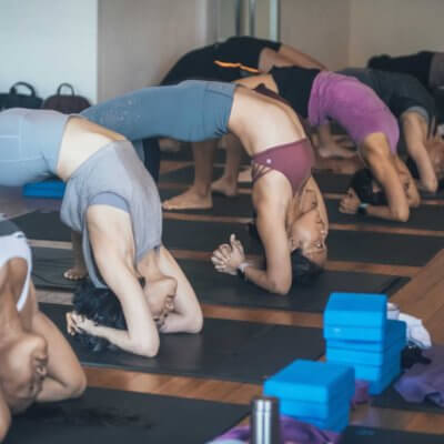 Episode 167: Feel the Heat — The Pros and Cons of Yoga in a Heated Room