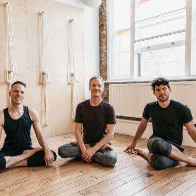 6 Vital Things to Look for in a 200-Hour Yoga Teacher Training